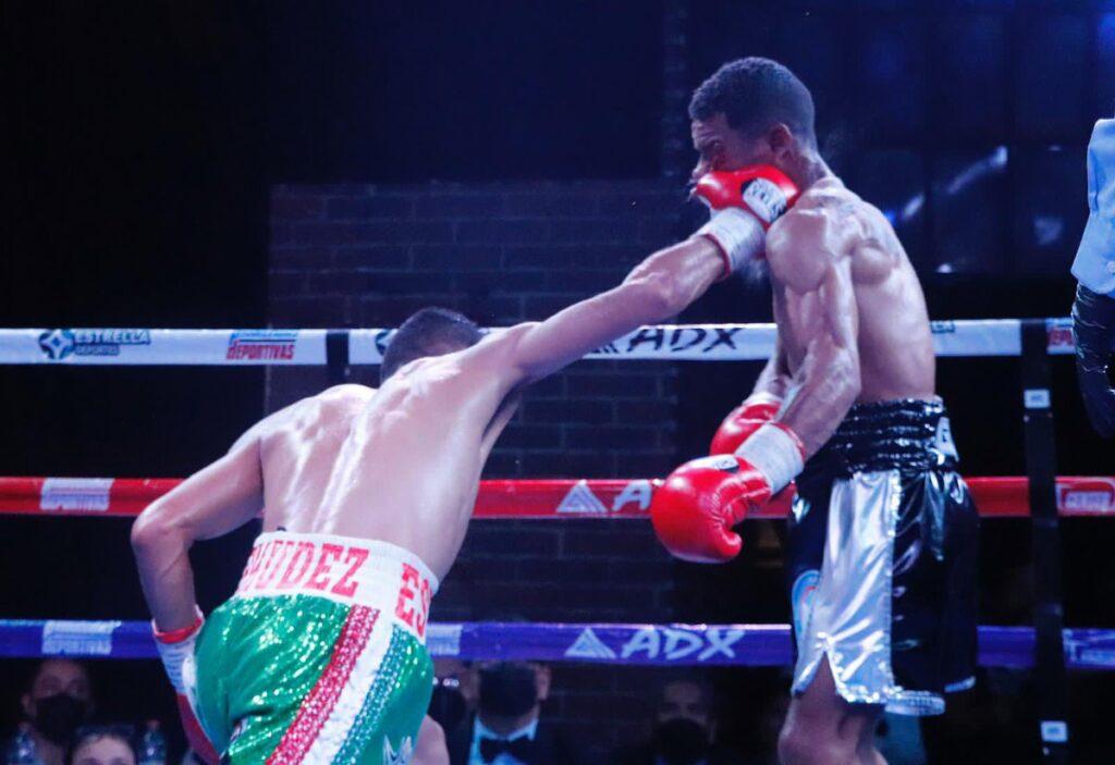 Esteban Bermudez contra Carlos Cañizales